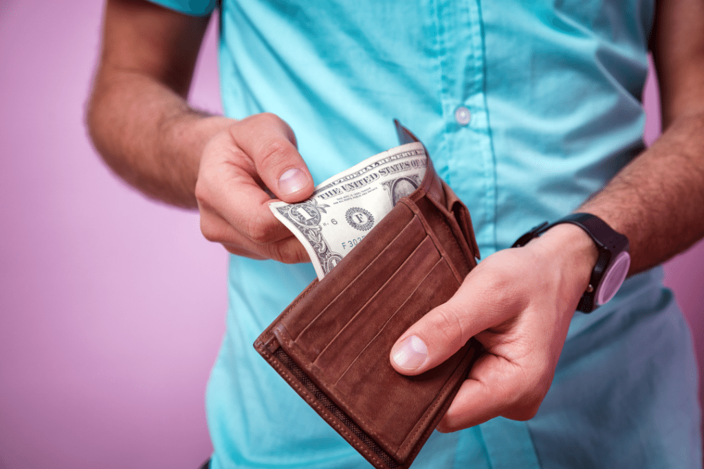 30 Quick Choices That Will Cost You A Lot In The Future
